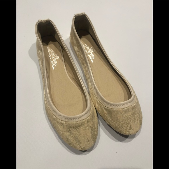 marlin moda Shoes - 🌴 Cream lace flats 10 new